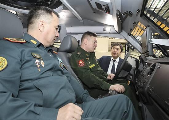 L'esercito russo apprezza i nuovi sviluppi dell'industria della difesa del Kazakistan