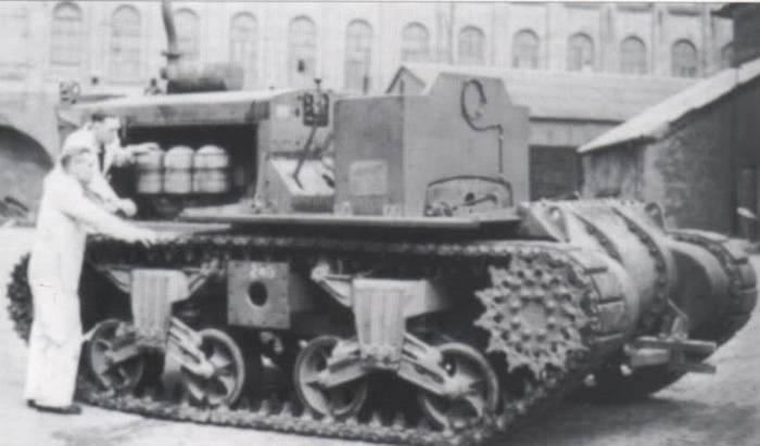 Tanques, campos e amendoins: trator pesado Vickers Shervick