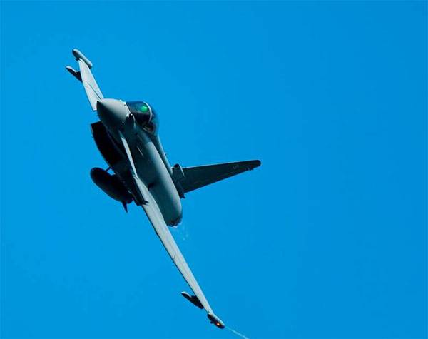 Nibbling over the Indian market. Indian Air Force announces bid for 110 fighter jets