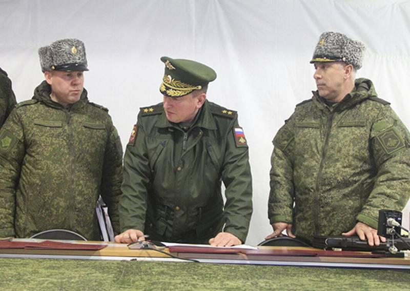 中央軍事地区で包括的な監査を始めた。 司令官によって導かれる