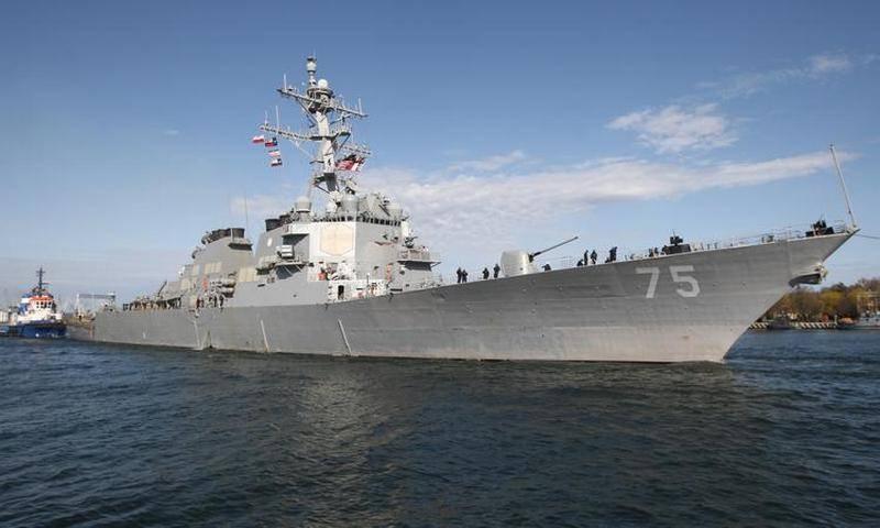 """प्रत्येक """"कुक"""" के लिए - एक डैशबोर्ड! रूसी नौसेना के पूर्व कमांडर ने कुछ सुझाव दिए"""