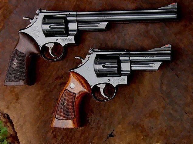 黙って撃つリボルバー。 AAI QSPR(アメリカ)