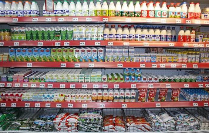 Кто распускает слухи о скором дефиците продуктов в магазинах РФ?