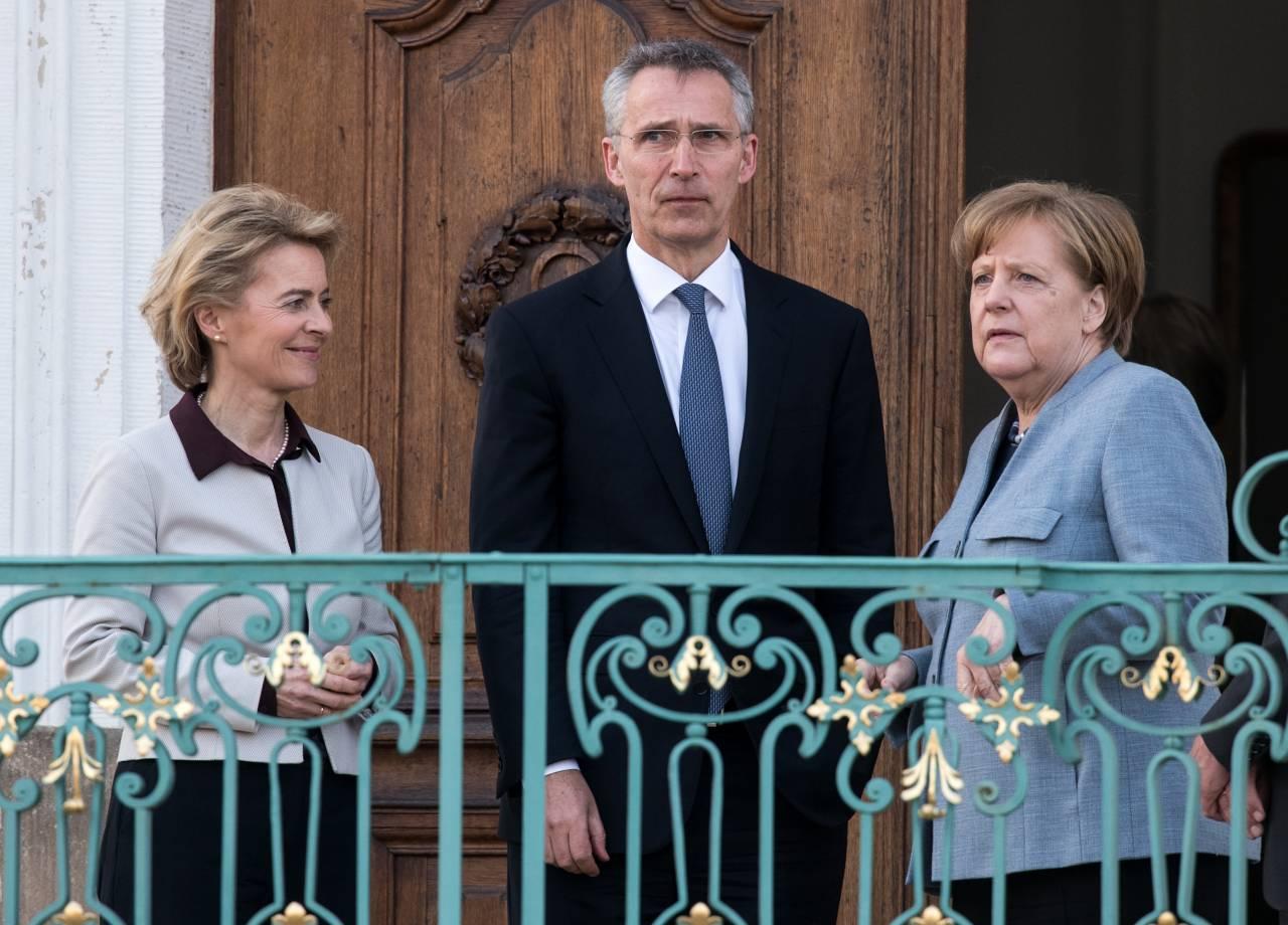 Столтенберг: разговор сРоссией сложен, однако нужен