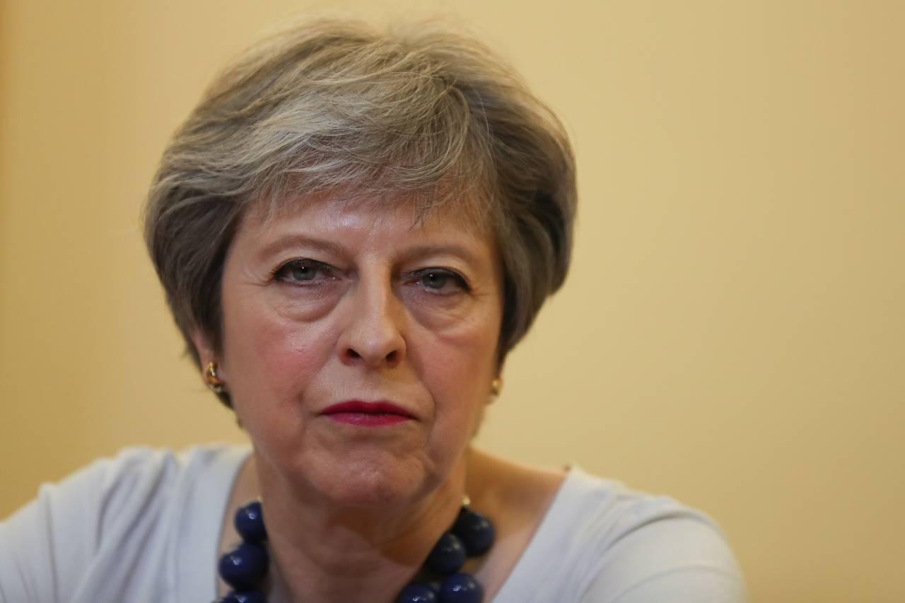 Мэй решила оправдаться заудары поСирии перед английским  парламентом