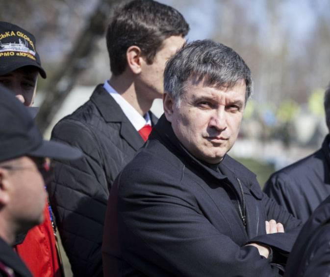 미국의 아바코프 (Avakov) : 전 세계가 러시아 침략에 저항하기 위해 우리로부터 배워야한다.