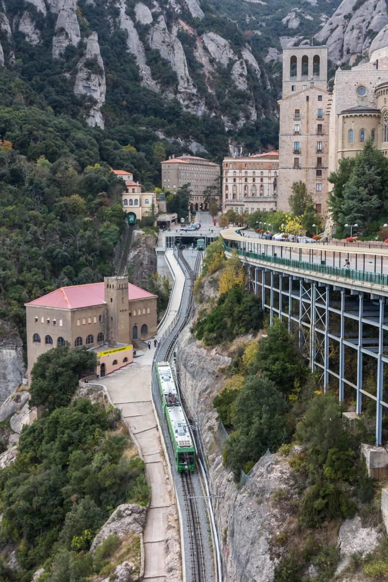 Montserrat. Split dağ Manastırı