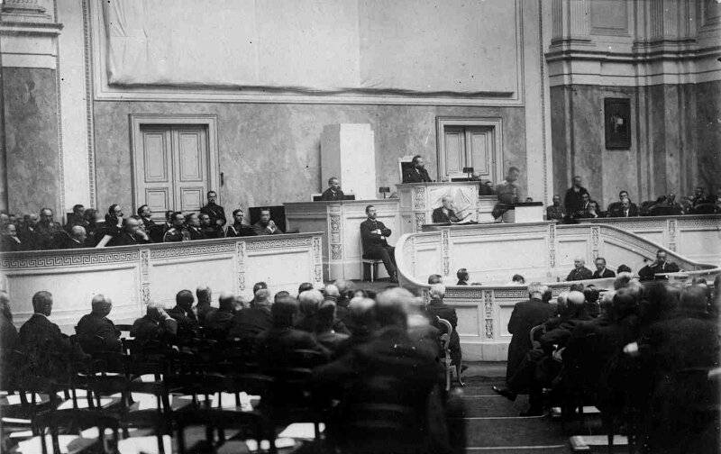 Russia 1917-1918: The Plowed Field of Democracy