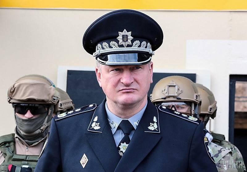 """A Ucrânia começou a recrutar para a """"polícia da Crimeia"""""""