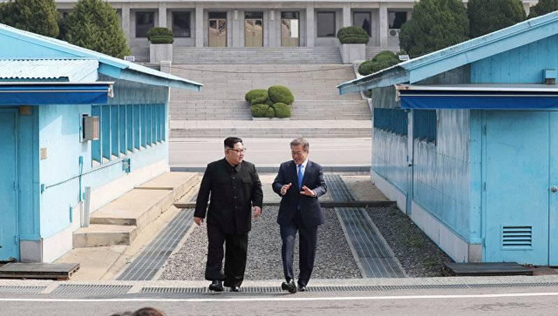 युद्ध नहीं होगा। प्योंगयांग और सियोल एक संयुक्त घोषणा पर हस्ताक्षर करते हैं