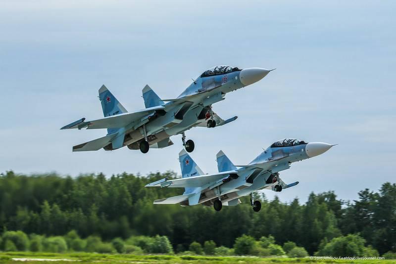 플러스 넷. Su-30SM이 ZVO 연대에 진입했습니다.