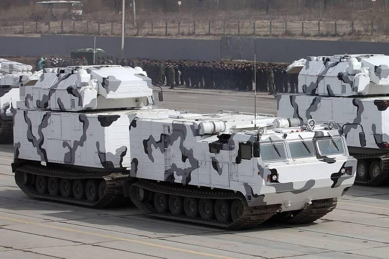 """Immédiatement kit de brigade. La version arctique du système de défense aérienne """"Tor-M2DT"""" entrera dans l'armée jusqu'en novembre"""