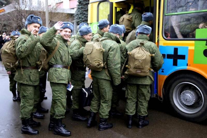 Восемь тысяч новобранцев пополнят войска Восточного округам