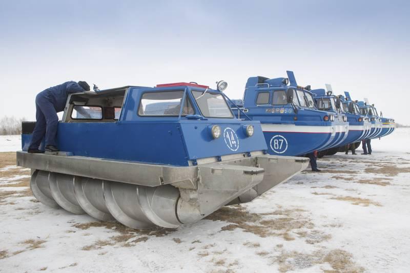 Шнекороторный снегоболотоход ЗИЛ-29061