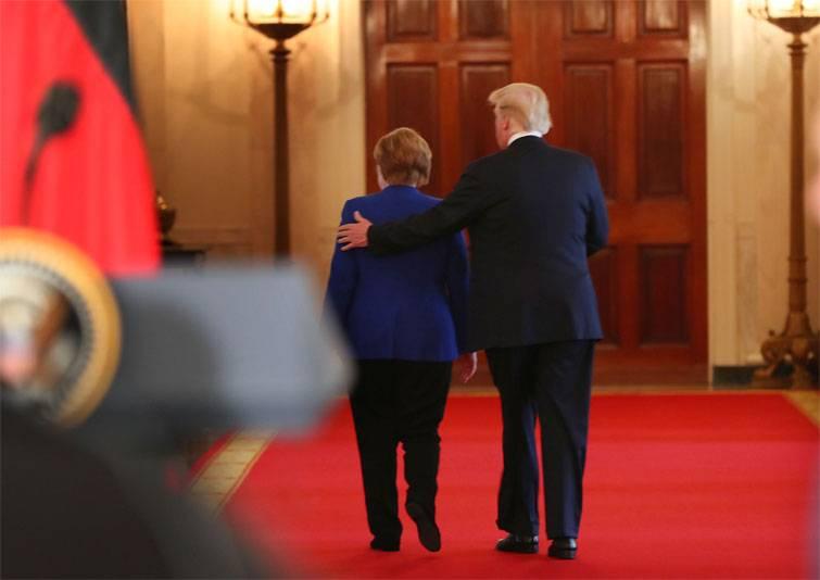 Трамп спросил совета уМеркель отом, как сотрудничать сПутиным