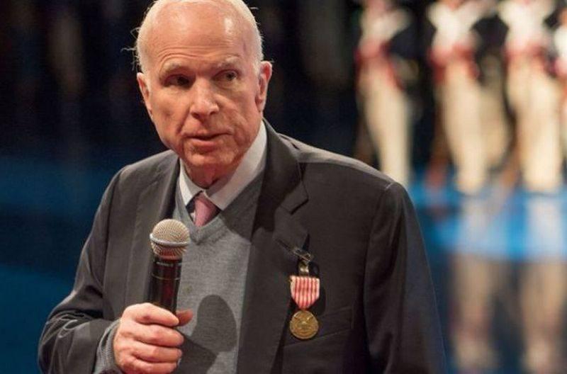 Надо наказать! Маккейн предлагает провести кибератаку на Россию