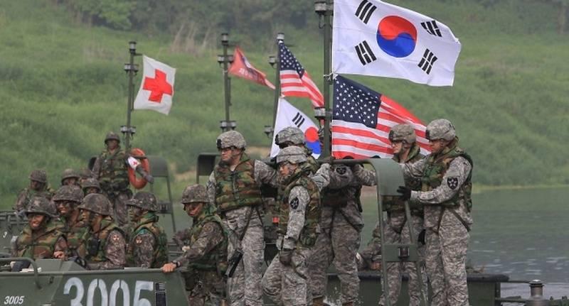 कोई भी कहीं नहीं जा रहा है! सियोल ने दक्षिण कोरिया से अमेरिकी सैनिकों की वापसी के बारे में अफवाहों का खंडन किया है