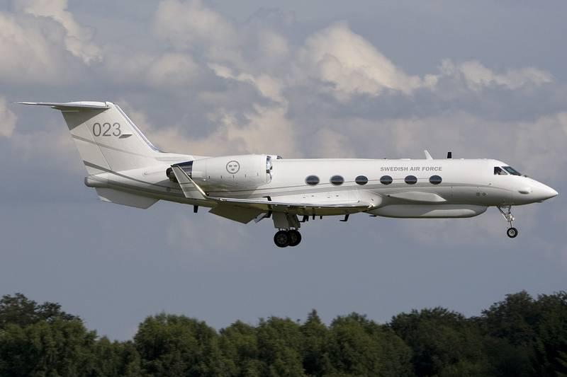 Еще и шведы? Разведывательный самолет ВВС Швеции замечен в районе российских баз в Сирии