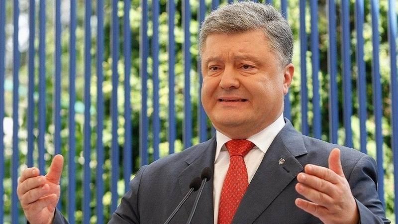"""Es gibt bis zu 50 tausend davon! Poroshenko hat die Zahl """"des russischen Militärs"""" im Donbass genannt"""