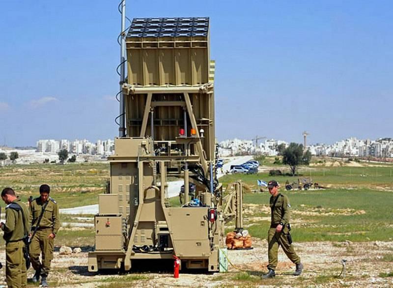 他们部署了防空并开设了防空洞。 以色列军队宣布准备增加