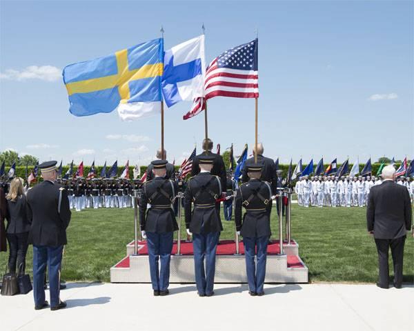Mattis: Finlandais et Suédois, n'oubliez pas que la Russie s'est battue contre vous