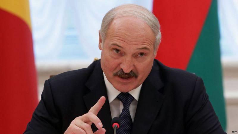 Todo depende de Moscú. Lukashenko llamó a las condiciones para mejorar las relaciones