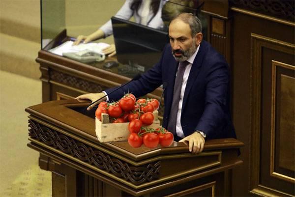 Tomaten steigen aus? Rosselkhoznadzor mag keine armenischen landwirtschaftlichen Produkte mehr