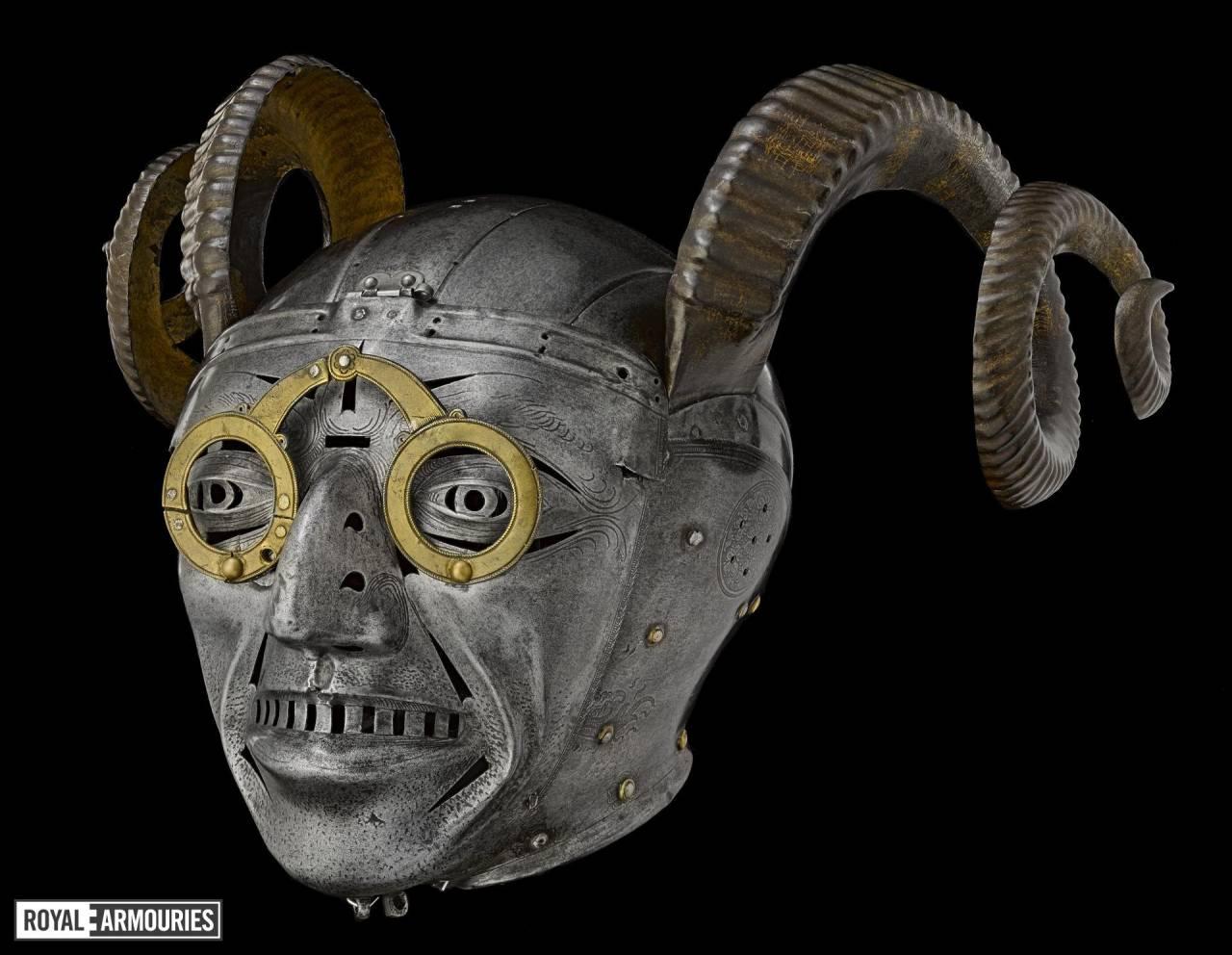 самые дорогие шлемы часть седьмая шлемы с рогами военное