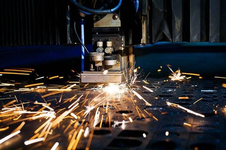 Ayudó al láser. En la Federación Rusa se le ocurrió cómo hacer que el acero sea más fuerte.