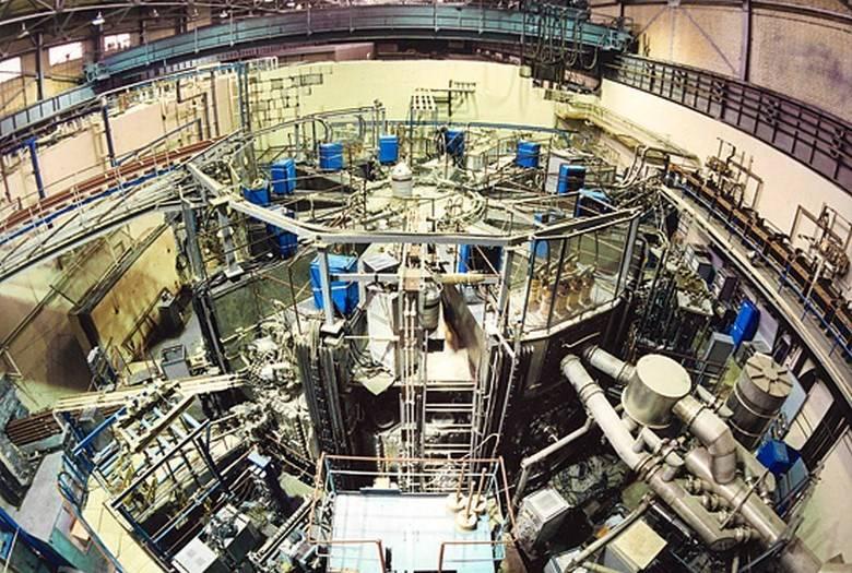 В РФ создается гибридный реактор