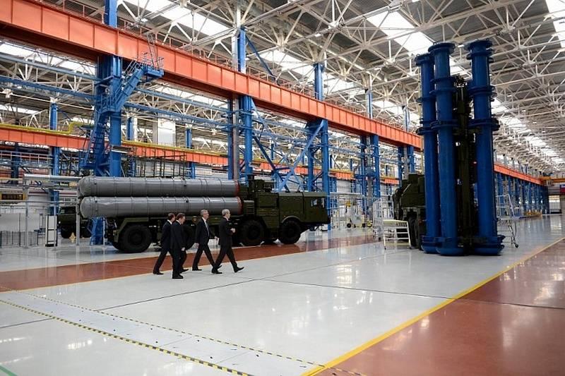 Per i prossimi sette anni. Il produttore S-400 è stato caricato con ordini fino al 2025