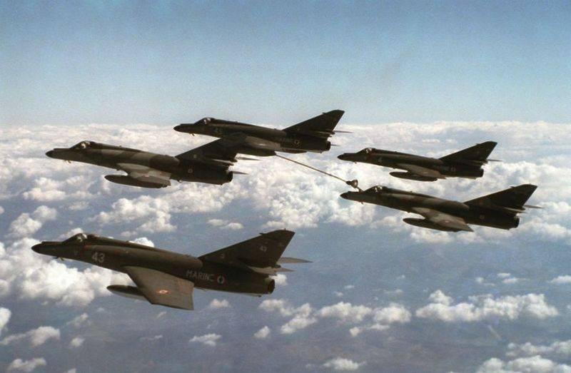 पुराने चलो, लेकिन प्रतिक्रियाशील! अर्जेंटीना फ्रांस से पांच इस्तेमाल किए गए हमले के विमान खरीदता है