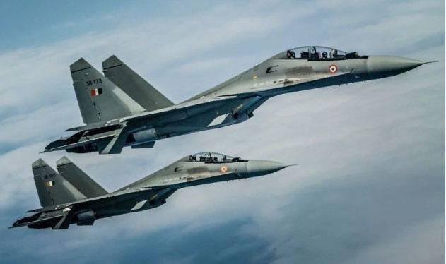 Bollywood continúa. India ofrece comprar para el ensamblaje 40 Su-30 en lugar del costoso Rafale