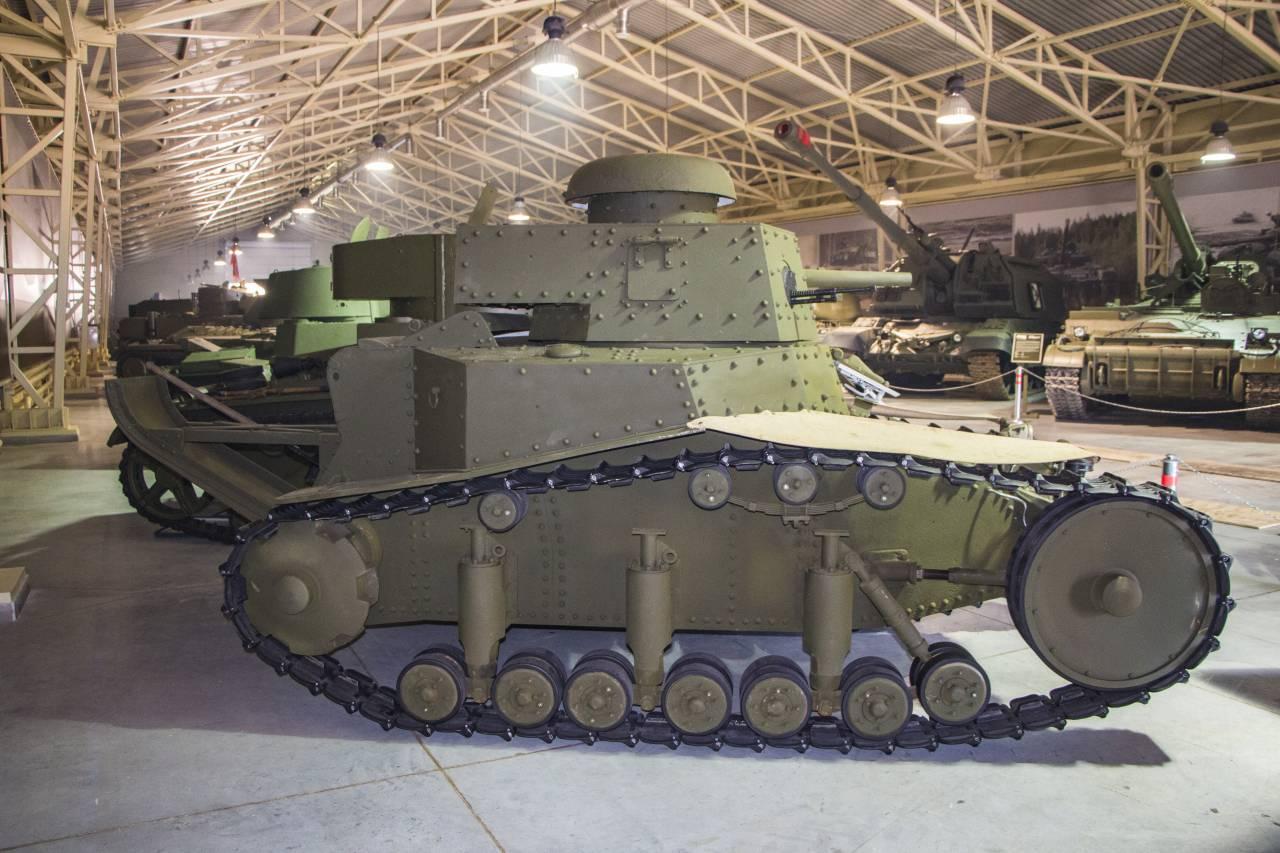 фото первых танков ссср