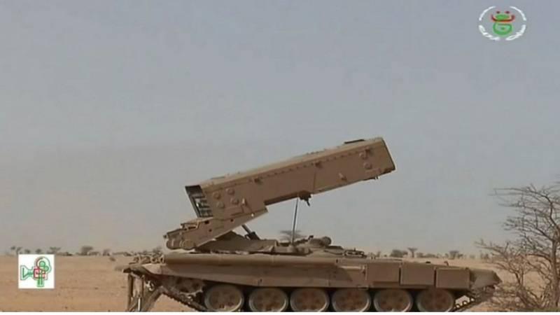 显然,很热。 阿尔及利亚武装俄罗斯TOC-XNUMHA