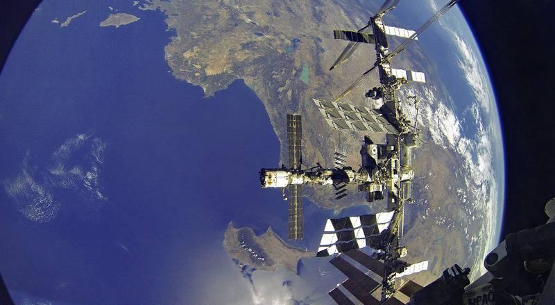 ABD, bir yıl içinde insanlı uzay uçuşlarında Rusya'nın tekelini yok edecek