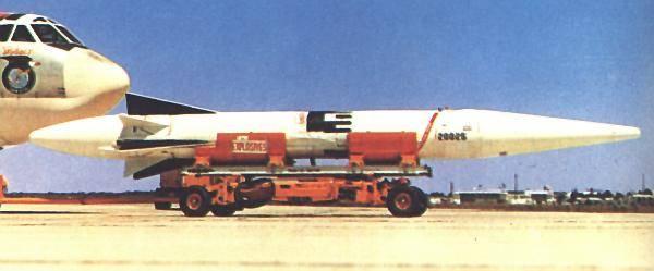 Аэробаллистическая ракета Douglas WS-138A / GAM-87 Skybolt (США)