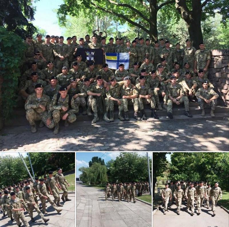 Не всех устроил цвет беретов. Скандал на праздновании дня морской пехоты Украины