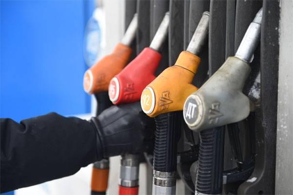 В правительстве наконец-то заметили резкий рост цен на бензин. Предлагаемые меры