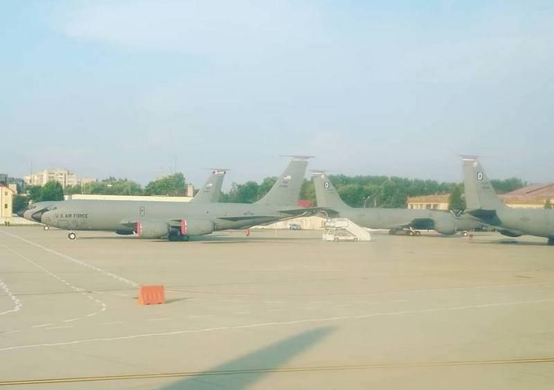 Die USA haben die ukrainischen Tanker KS-135 Stratotanker übernommen