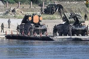 """НАТО живёт советским прошлым: польская плавающая """"Оса"""" отказывается плавать"""