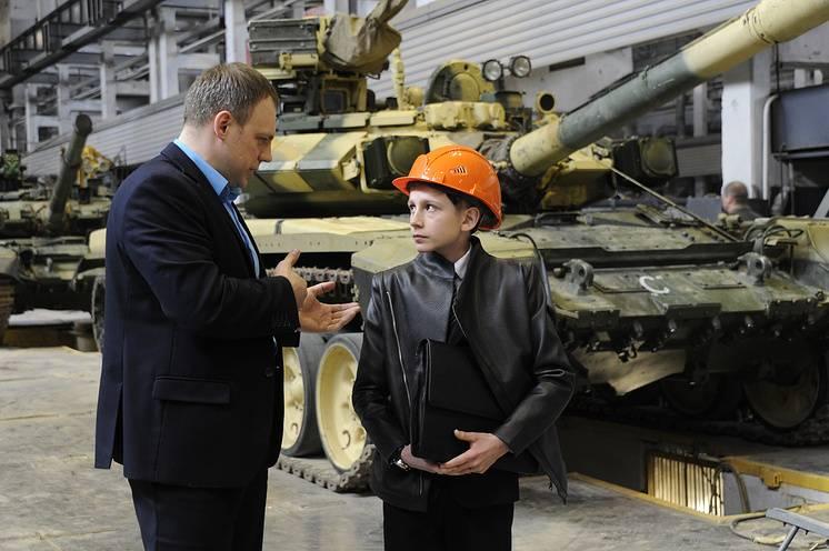Школьники из Калуги разработали беспилотный танк