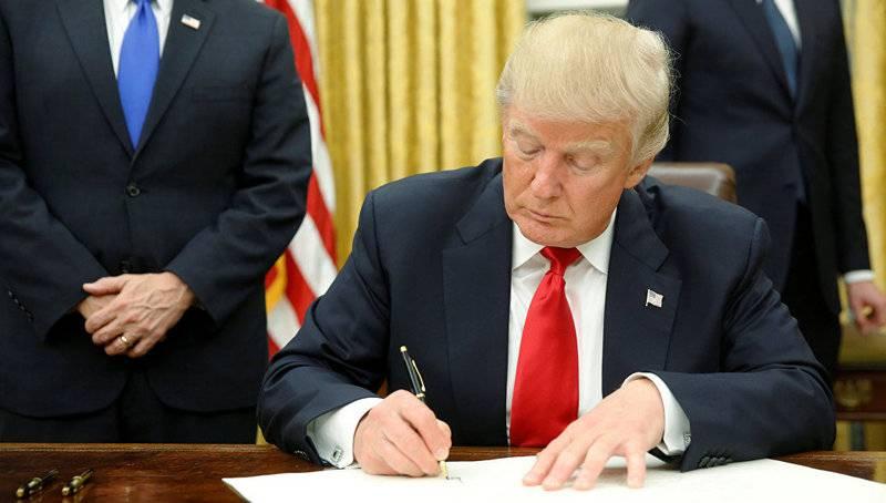 Трамп: США вводят пошлины наимпорт изКитая
