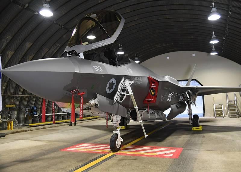 Американские СМИ составили рейтинг самых проблемных истребителей ВВС США