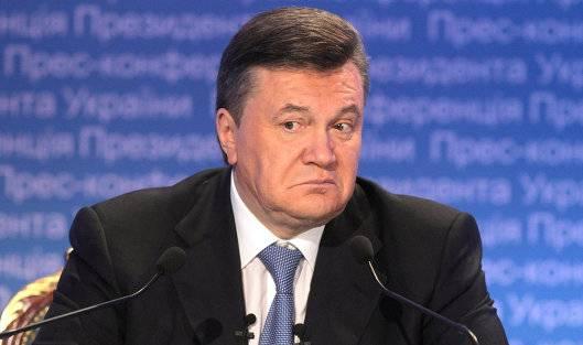Чудны дела: Порошенко в Конституционном суде оспаривает лишение Януковича статуса президента