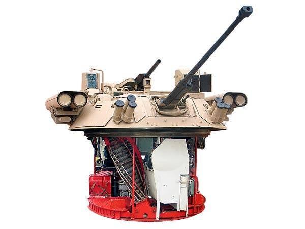 Более 40 лет на службе: основная бронемашина ВС России БМП-2
