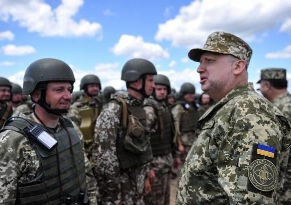 Турчинов намерен превратить каждый украинский город в «неприступную крепость»