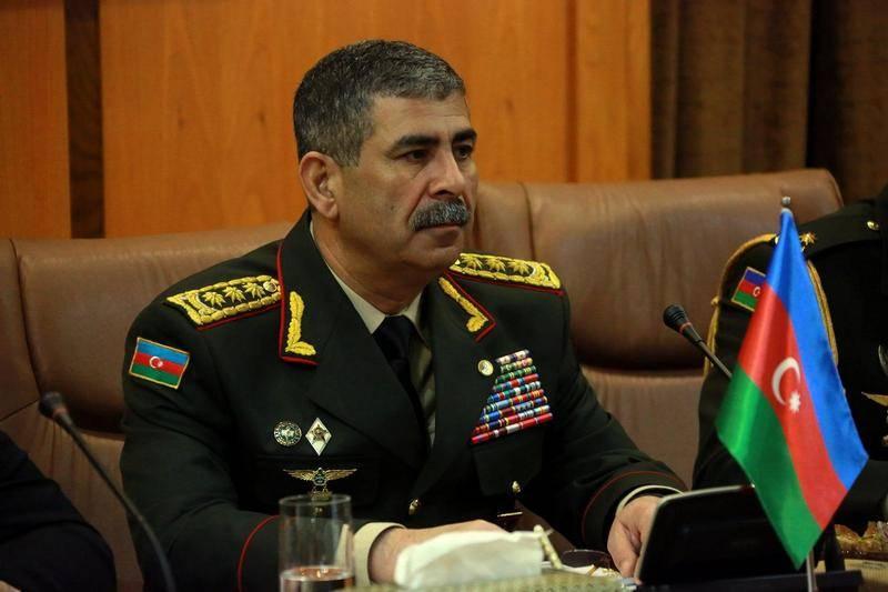 Υπουργείο Άμυνας του Αζερμπαϊτζάν: Είμαστε έτοιμοι για μια στρατιωτική λύση της σύγκρουσης του Καραμπάχ