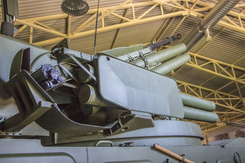 Российское вооружение.ЗРПК «Тунгуска-М» снаружи и внутри
