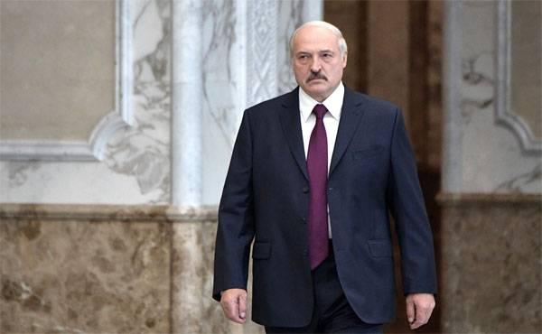 ВШЭ: Реальные зарплаты в Беларуси выше российских. Братья-белорусы, откуда деньжищи?..
